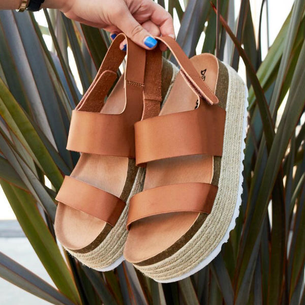 Shoe Manufacturer Chinese Laundry Payton