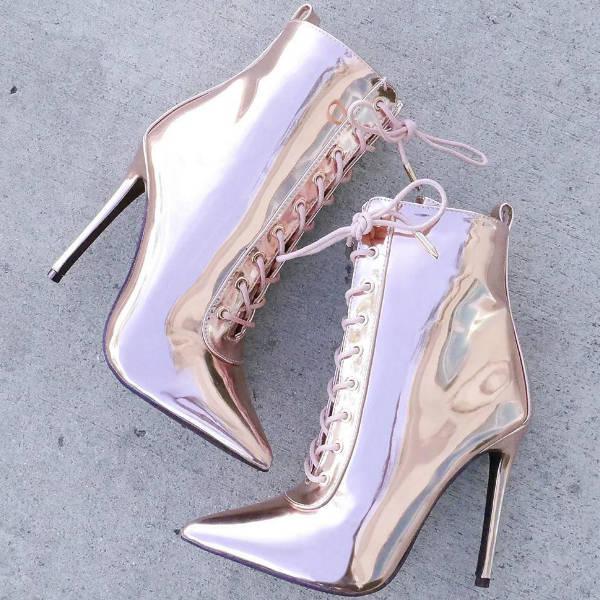 Fashion retailer booties