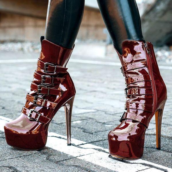 stiletto heel bootie